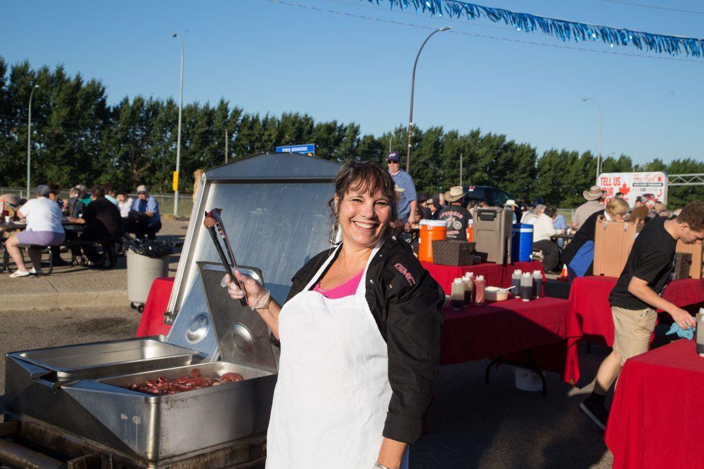 The wonderful Toni on Sausage duty